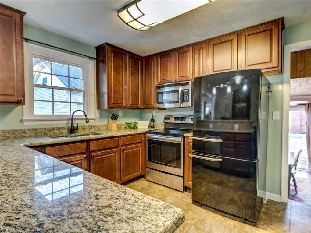 Whitewood St Suffolk VA Realtorcom - Kitchen remodeling suffolk va