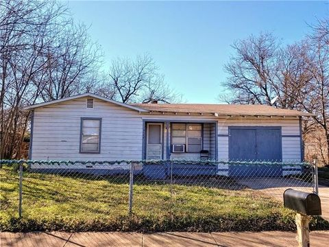 Photo of 3108 Bright St, Fort Worth, TX 76105