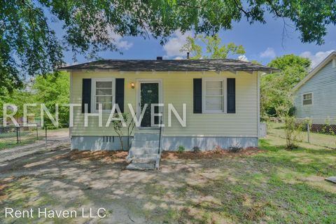 Photo of 4008 Margrave Rd, Columbia, SC 29203