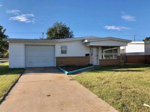 Photo of 2603 Kansas Ave, Woodward, OK 73801
