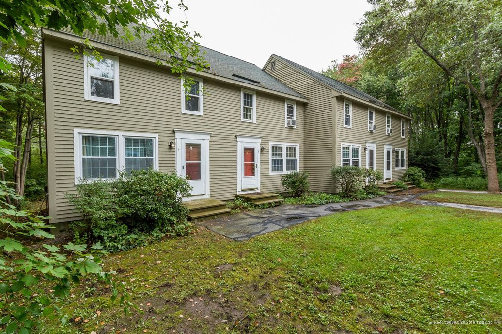 1326 Forest Ave Apt 4, Portland, ME 04103