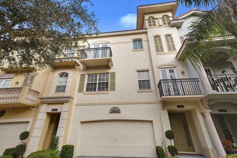 2492 San Pietro Cir, Palm Beach Gardens, FL 33410