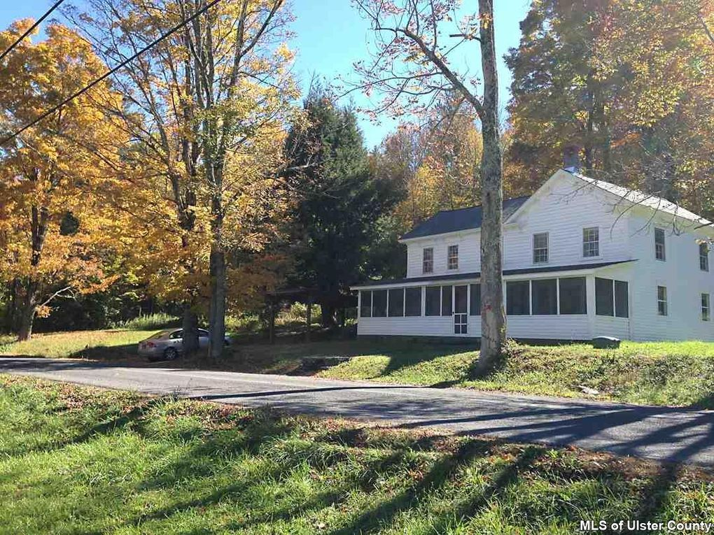 471 Sickler Rd Willow, NY 12495