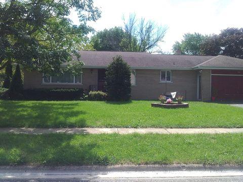264 E 3rd St, Herscher, IL 60941