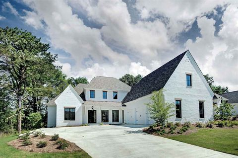 Photo of 122 Herons Cir, Ridgeland, MS 39157