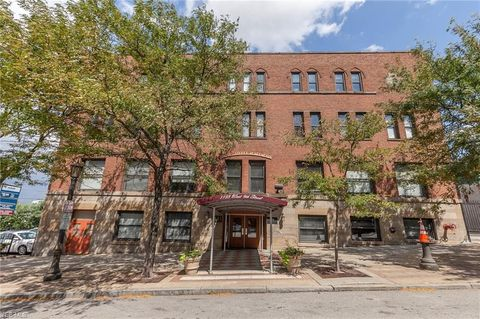 Photo Of 1133 W 9th St Apt 708 Cleveland Oh 44113