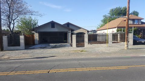 1525 Nadine Ave, Modesto, CA 95351