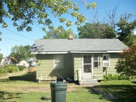 303 W Raymond St, Oaktown, IN 47561