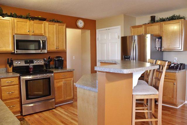 6773 Mossy Rock Ct, Hamilton Township, OH 45039 - Kitchen