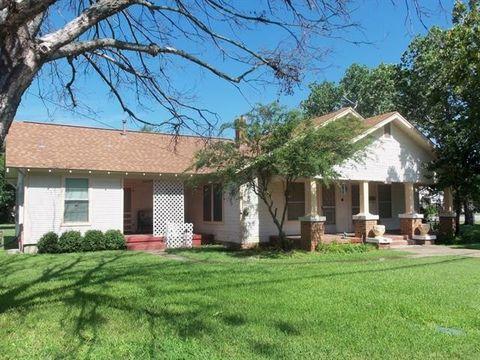 1000 S College Ave, Decatur, TX 76234