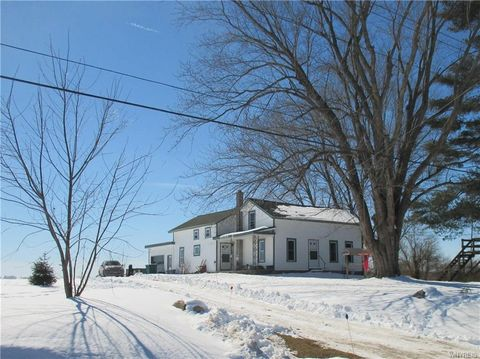 Photo of 3269 Genesee Rd, Lawtons, NY 14091