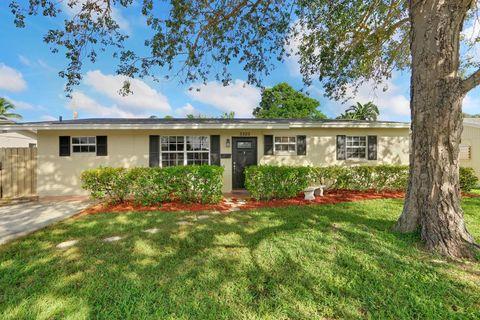 3323 Florida Blvd, Palm Beach Gardens, FL 33410