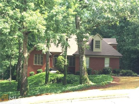 565 Shirerokes Ct Roswell GA 30075
