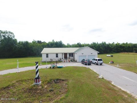 Photo of 5021 Fairley Rd, Maxton, NC 28364