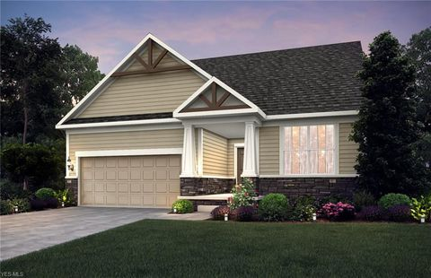 Photo of 13493 Jacqueline Ct, Strongsville, OH 44136