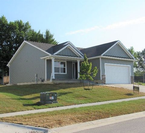 Photo of 1146 24th Ave N, Fort Dodge, IA 50501