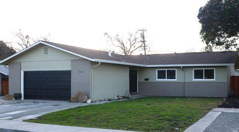 1031 Roosevelt St, Fairfield, CA 94533