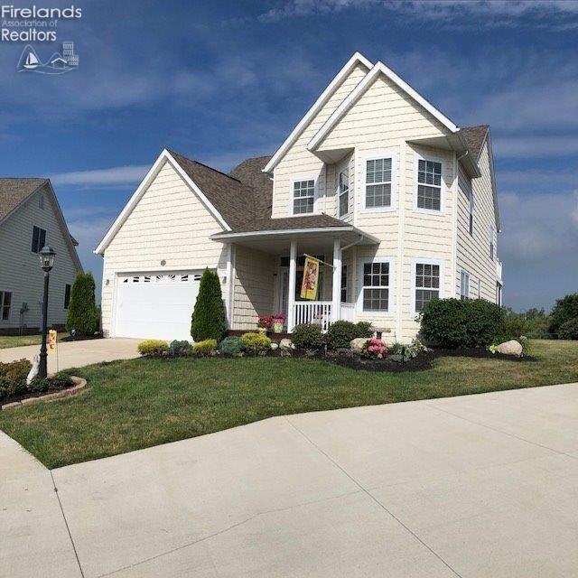 152 Cottage Cove Dr Marblehead, OH 43440