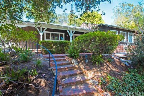 4262 Arcola Ave, Toluca Lake, CA 91602