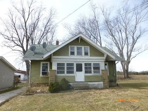 Photo of 6305 Wayland Rd, Wayland, OH 44285