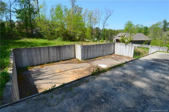 16 Whispering Willow Dr # 7, Fairview, NC 28730