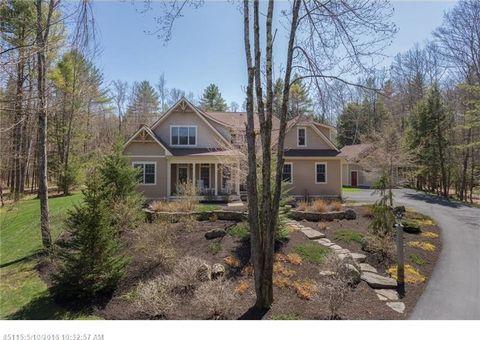 37 Forest Ridge Dr, North Yarmouth, ME 04097