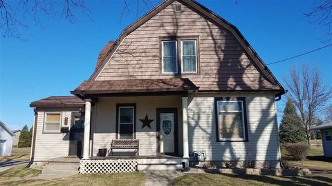 Photo of 813 Beetown Rd, Lancaster, WI 53813