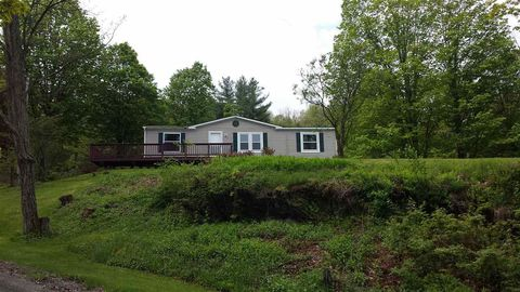 Photo of 12 Frost Rd, Putney, VT 05346