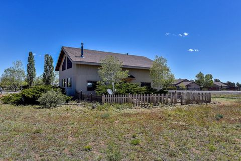 Photo of 9990 Pinto Dr W, Flagstaff, AZ 86004
