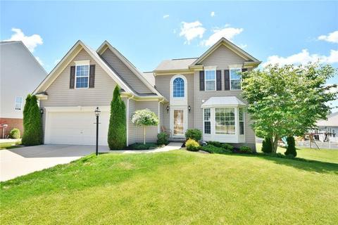 8004 Independence Dr, Jefferson Hills, PA 15025