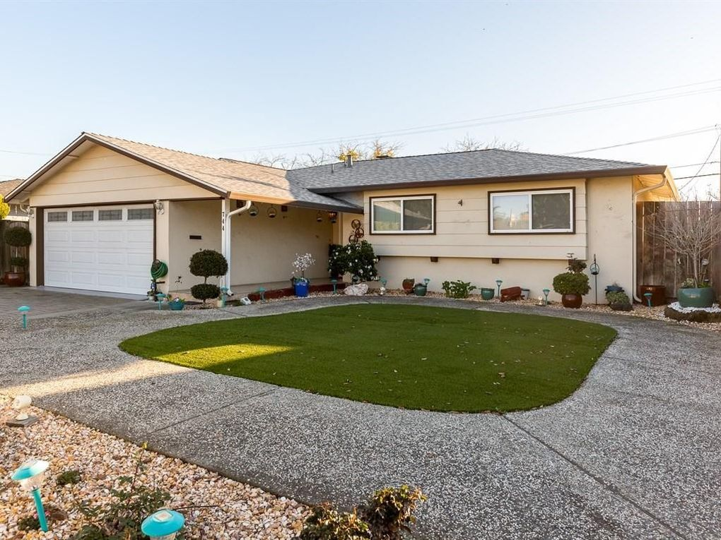 744 Jeffrey Ave, Campbell, CA 95008