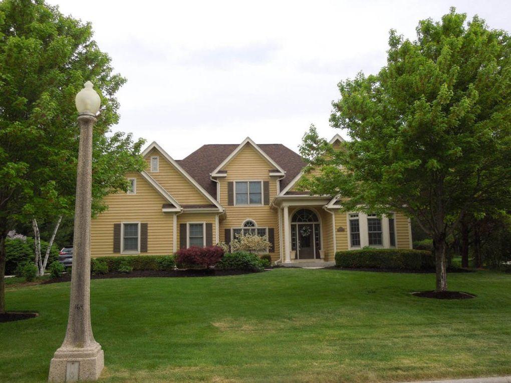 635 Treehouse Pkwy, Kohler, WI 53044 - realtor.com®