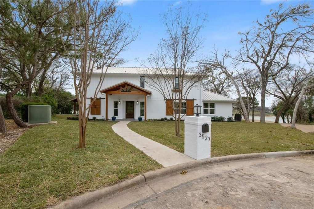 3527 Lake Heights Dr, Waco, TX 76708