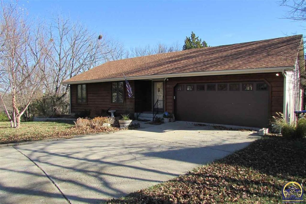 3815 Sw Deer Trail Ct Topeka Ks 66610 Realtor