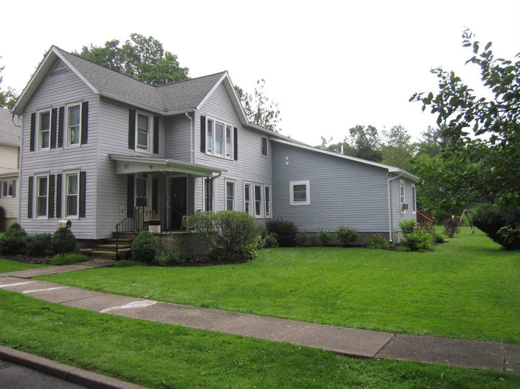 92 Canasawacta St, Norwich, NY 13815