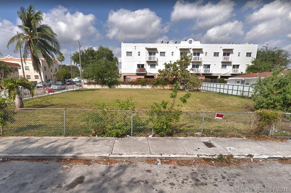 1601 Sw 3rd St, Miami, FL 33135