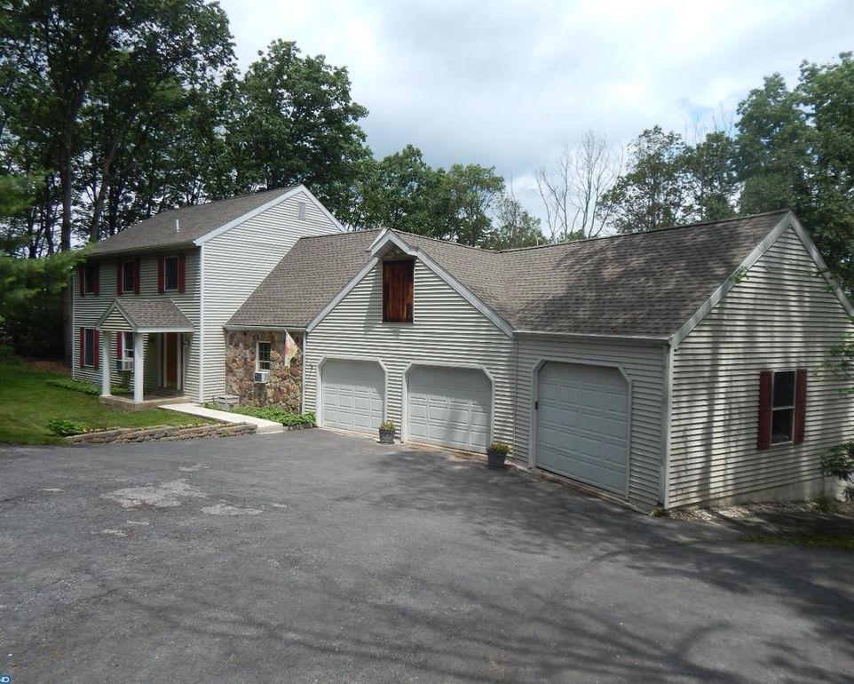 33 Edgewood Rd, Boyertown, PA 19512 - realtor.com®