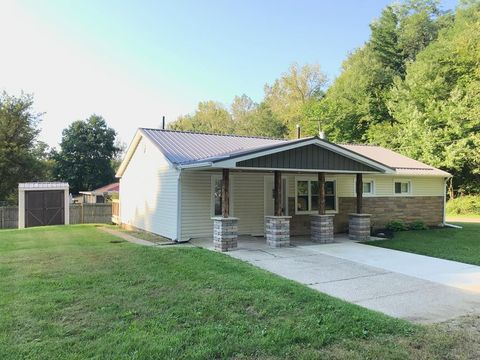 806 Valley Ct, Mansfield, OH 44905