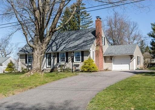 93 Barrie Rd, East Longmeadow, MA 01028