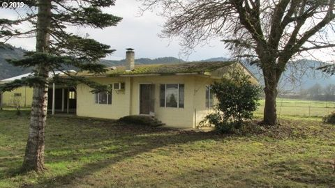 Photo of 7187 Tiller Trail Hwy, Canyonville, OR 97417