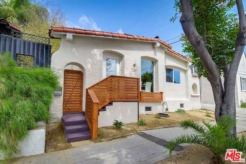 7267 Waring Ave, Los Angeles, CA 90046