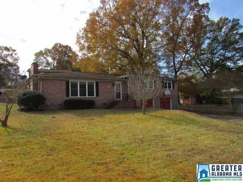 Photo of 801 Catalpa Ln, Oxford, AL 36203