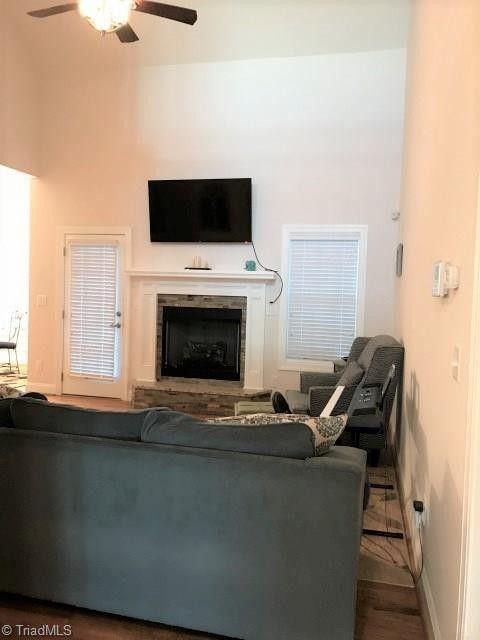 155 Stillmere Ct Winston Salem Nc 27101 Home For Rent Realtorcom