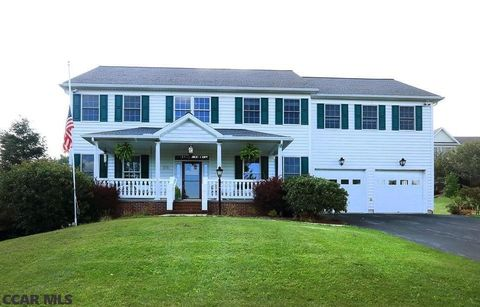 Photo of 171 Chester Dr, Pine Grove Mills, PA 16868