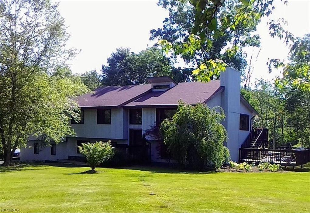 15530 Parkview Dr, Newbury, OH 44065