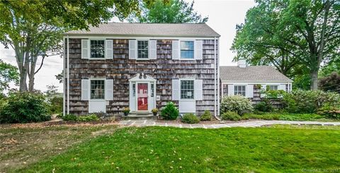 21 Westmoreland Dr, West Hartford, CT 06117