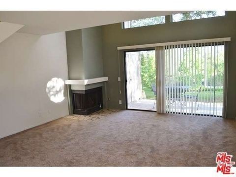 5702 Skyview Way Unit A, Agoura Hills, CA 91301