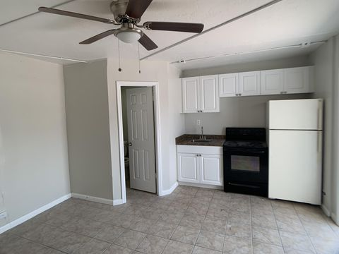 Photo of 3300 Broadway Ave Unit 12, West Palm Beach, FL 33407