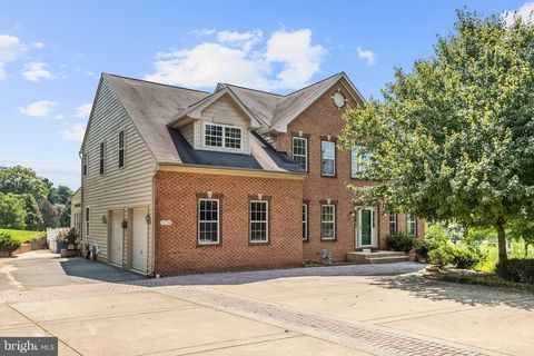 Photo of 12788 Buttercup Ct, West Friendship, MD 21794