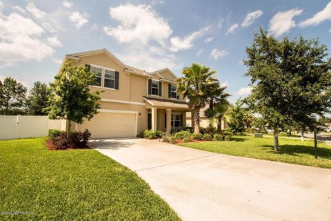 2319 Creekfront Dr, Green Cove Springs, FL 32043
